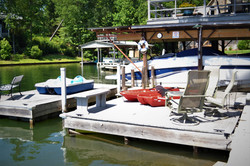 House_boat_dock