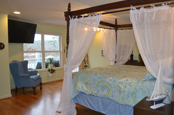Lake_bedroom