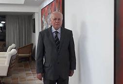 OAB-PB concede medalha Lylia Guedes ao advogado Roberto Luna Freire