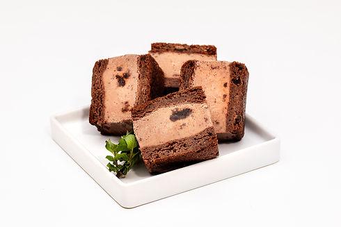 ChocolateBlackout_Plated (1).jpg