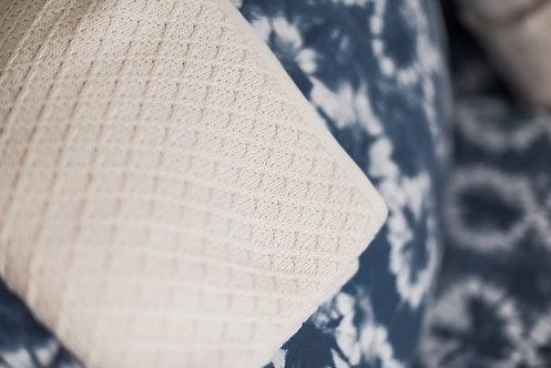 Couverture en tricot, coton bio, motifs losange, 75 x 75 cm, écru