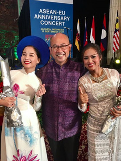 So proud of my daughters_ASEAN-EU 40th anniversary concert __Jakarta 12Sept2017
