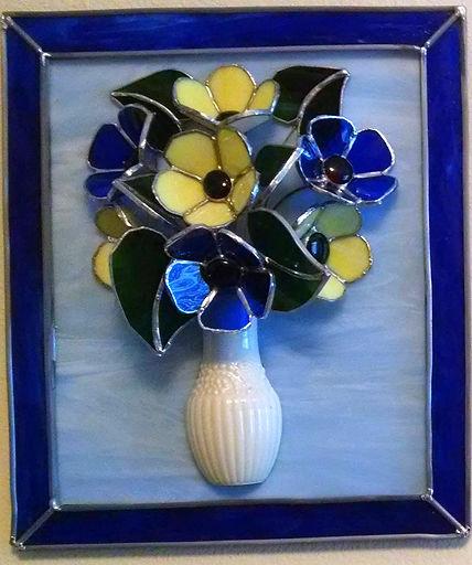 Flowers%20in%20Vase%20(3)_edited.jpg