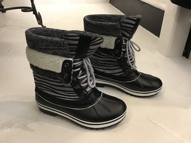 Lace Up Weather Duck Booties in Zebra