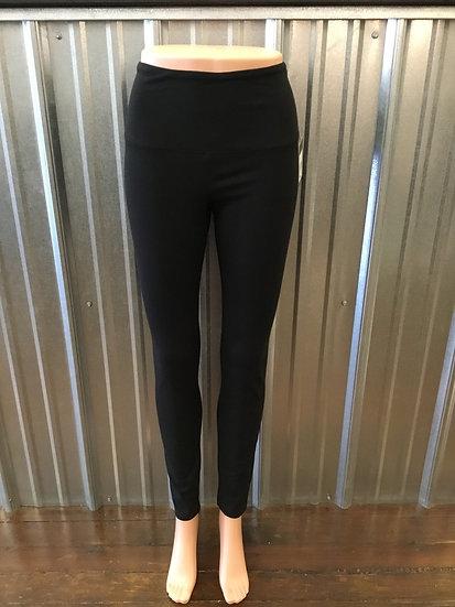 Flattering Cotton Legging: Black