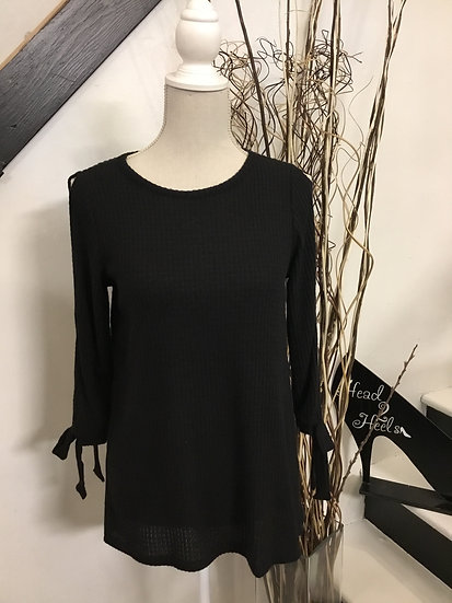 Black soft 3/4 sleeve top