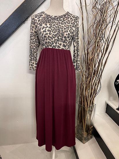 3/4 Sleeve Knit Midi Dress