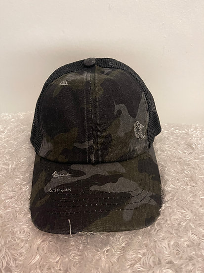 Criss Cross Black Hat