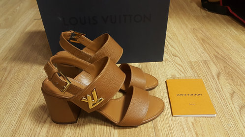 Босоножки Louis Vuitton, размеры 36, 36½ и 37