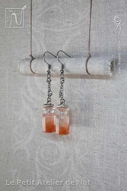 Boucles d'oreille « Poussière de fée » cuivrée 1.0 Fairy Dust (Vue de côté, droit)