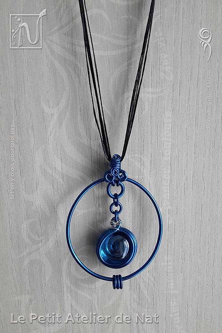 Collier «  Bleu royal »