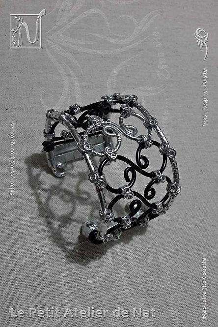 Bracelet « Louny Belle » version 2.0 (Vue de côté, gauche)