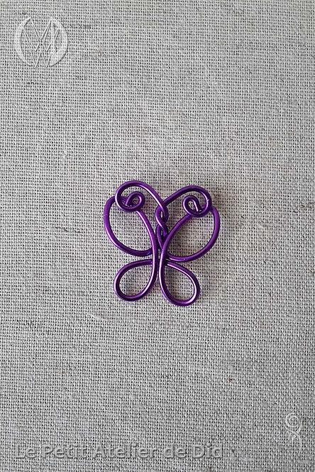 Pendentif « Le Papillon » Violet Lilas (Vue de dessus)