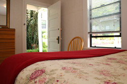 D bedroom to front door