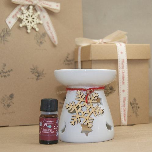 Pacchetto regalo natalizio con brucia essenze e olio essenziale