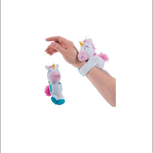 Unicorn Hugging Bracelet