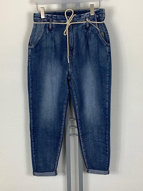 Jeans (Karotte) leicht ausgewaschen