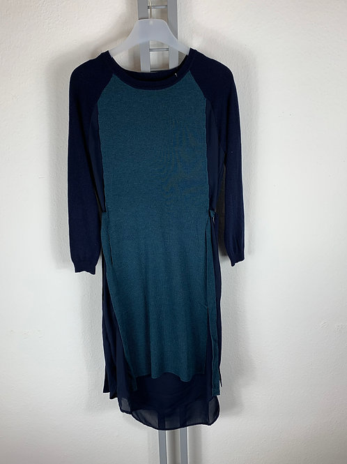 Kleid/Tunika in Material- und Farbmix