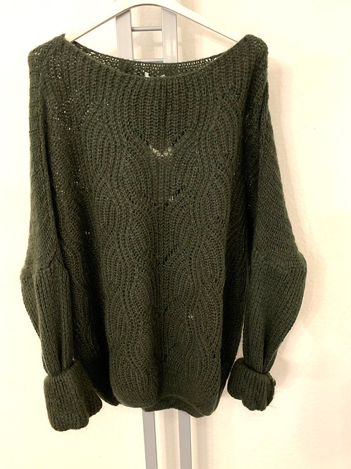 Wolliger Pullover mit Muster
