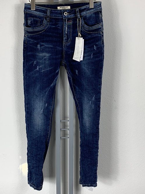 Jeans ausgewaschen mit Defekteffekt