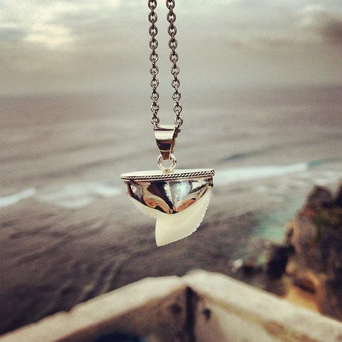 Safe Tides Detail Necklace