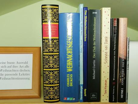 Fensterbank-Feature: Bücher für die Weihnachtszeit