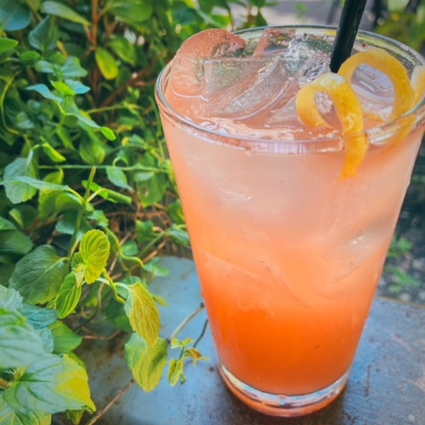 Cocktail Pint.JPG