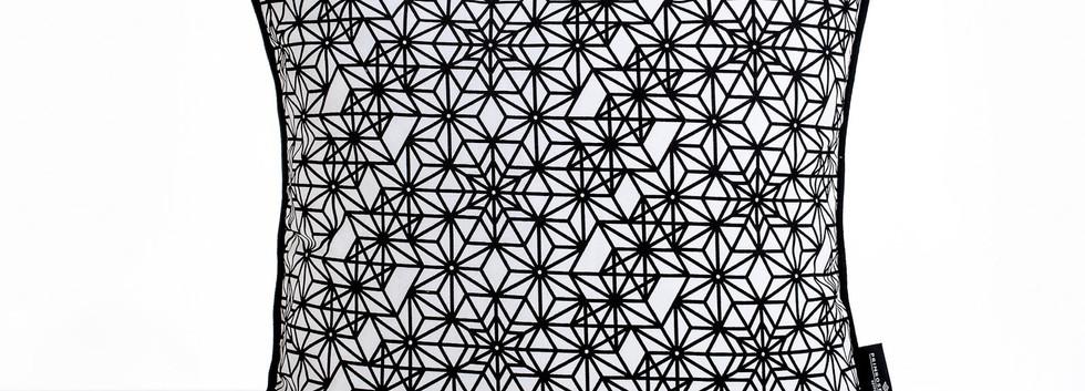 Primrose Charmz_Daffodil_50x50-min.jpg