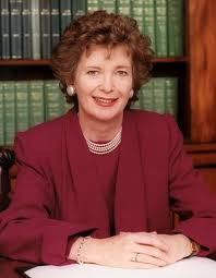 Mary Robinson foto.jpg