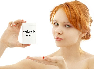 girl-with-hyaluronic-acid-jar.jpg