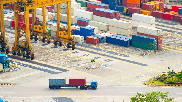 contenedores china transporte maritimo buque barco envio