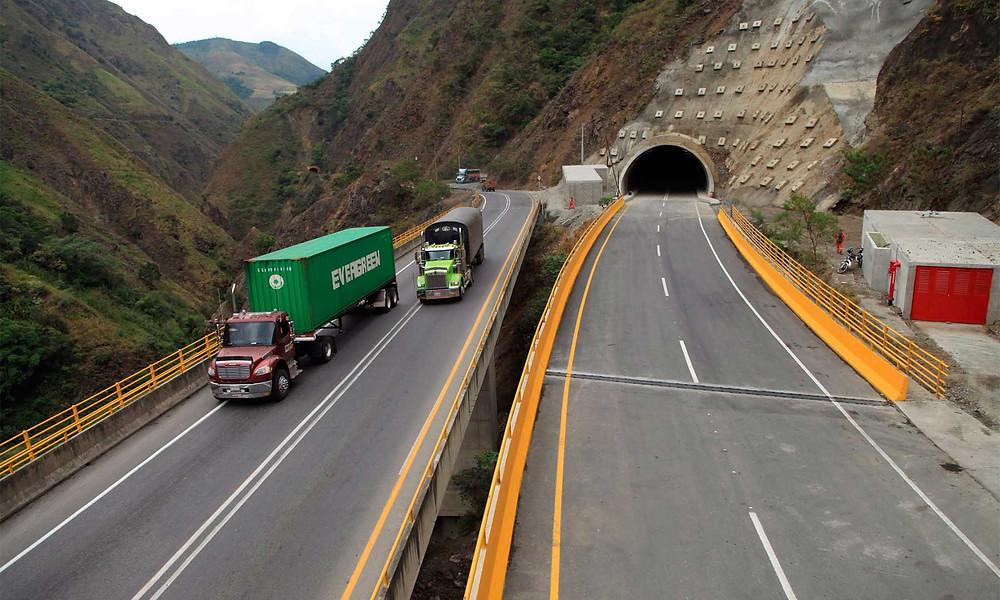 infraestructura carretera colombia 4g camiones transporte contenedores