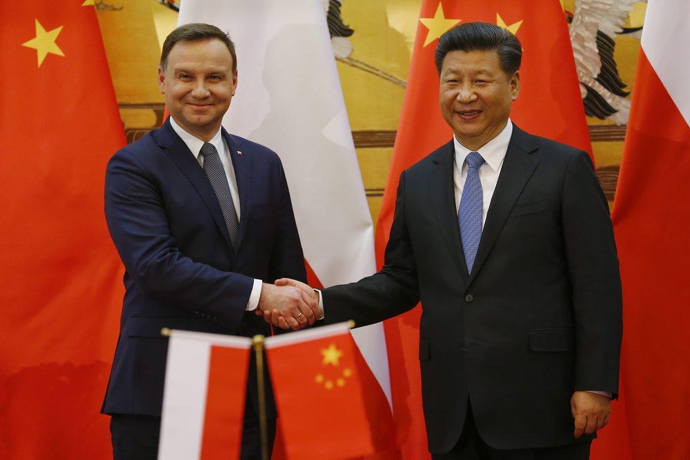 china polonia exposicion internacional importaciones importacion comercio relaciones excavadora oruga