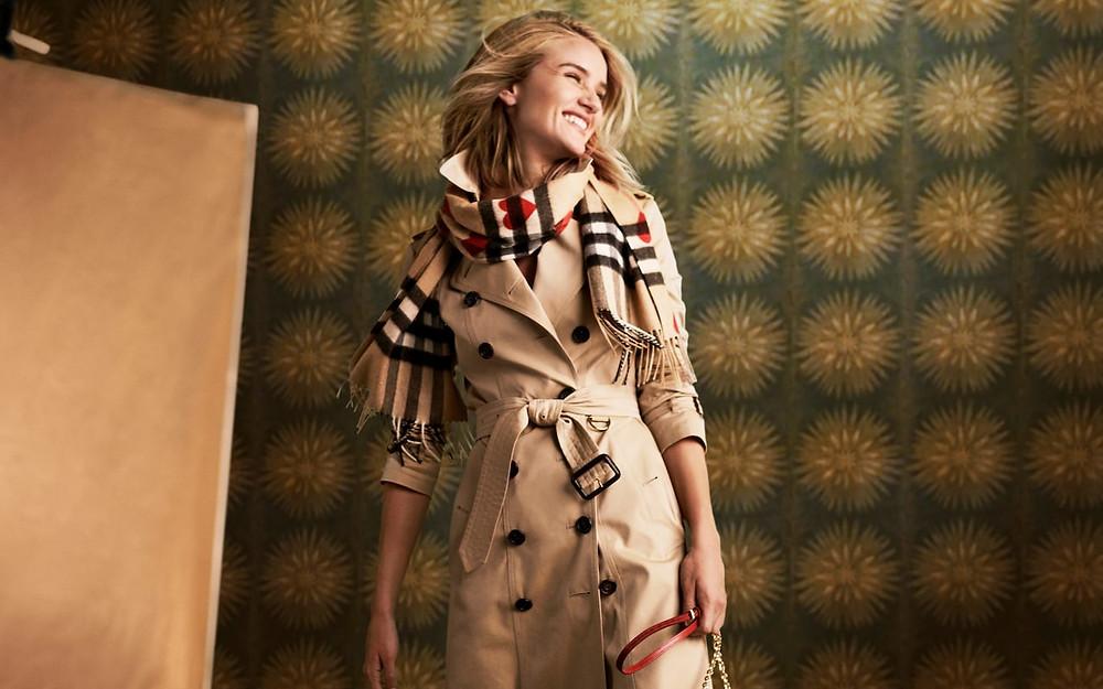 burberry inglaterra marca lujosa tmall internet dia del soltero ventas 11