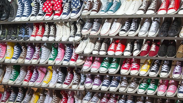 zapatos yiwu mercado mayorista diseño converse comprar distribuir importar china