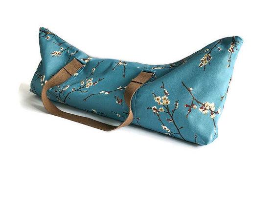 yoga mat bag with blossom