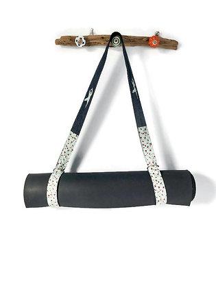 ditsy yoga mat strap