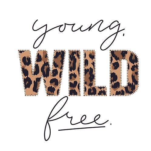 Young wild free | grafikás női fehér pamutpóló