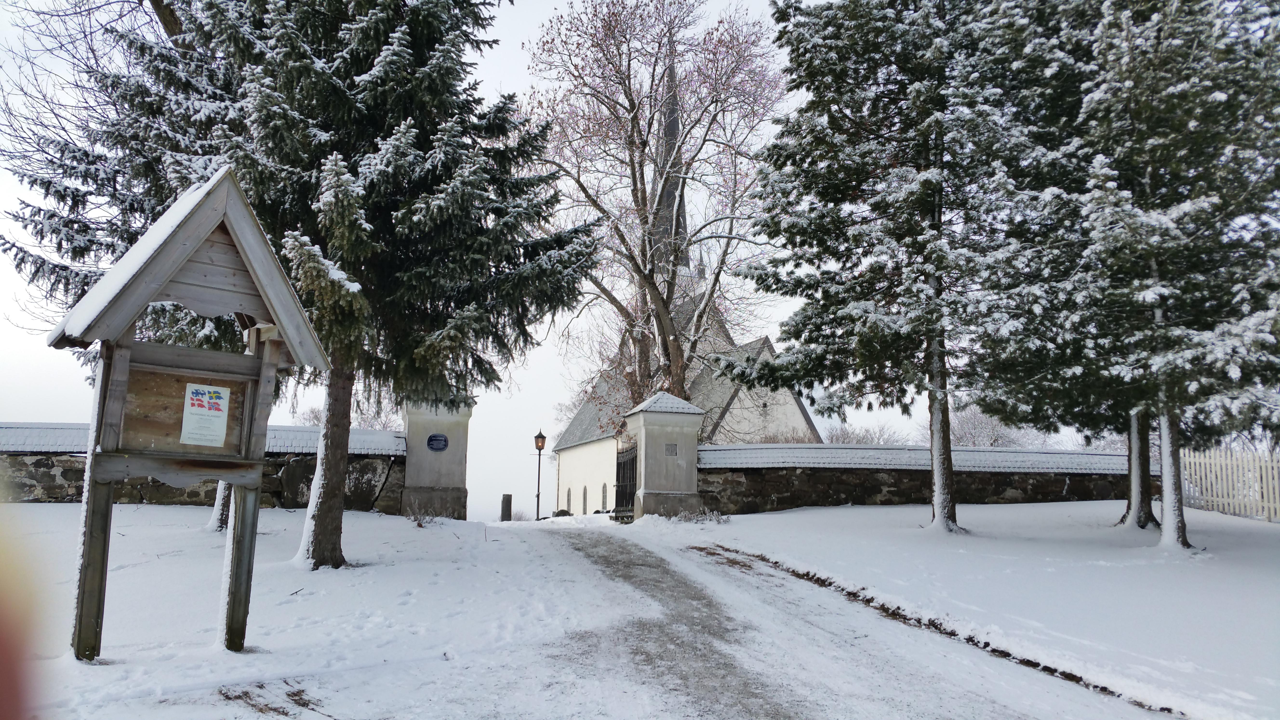 Stange Church