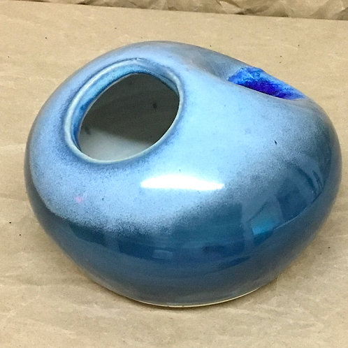 "Ceramic Ikebana ""junior"" by Lynda Rix"