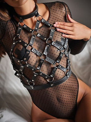 CAGED HARNESS TOP