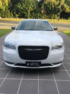 Chrysler C300 Luxury Transfers