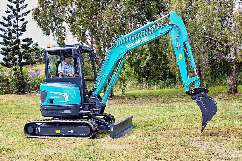 New 2020 Sunward SWE35UF mini excavator – 3.5 ton