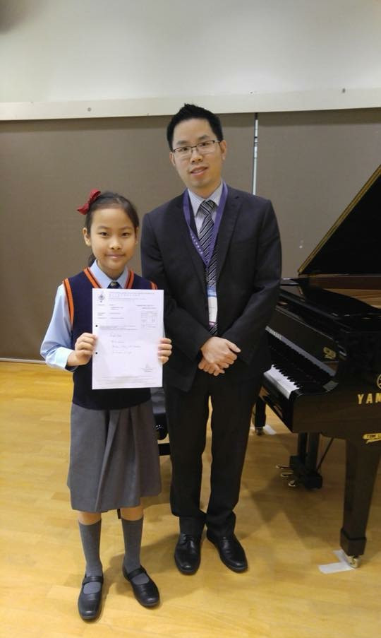 Isabel with adjudicator
