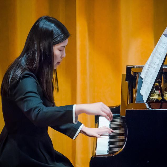 Calida performing
