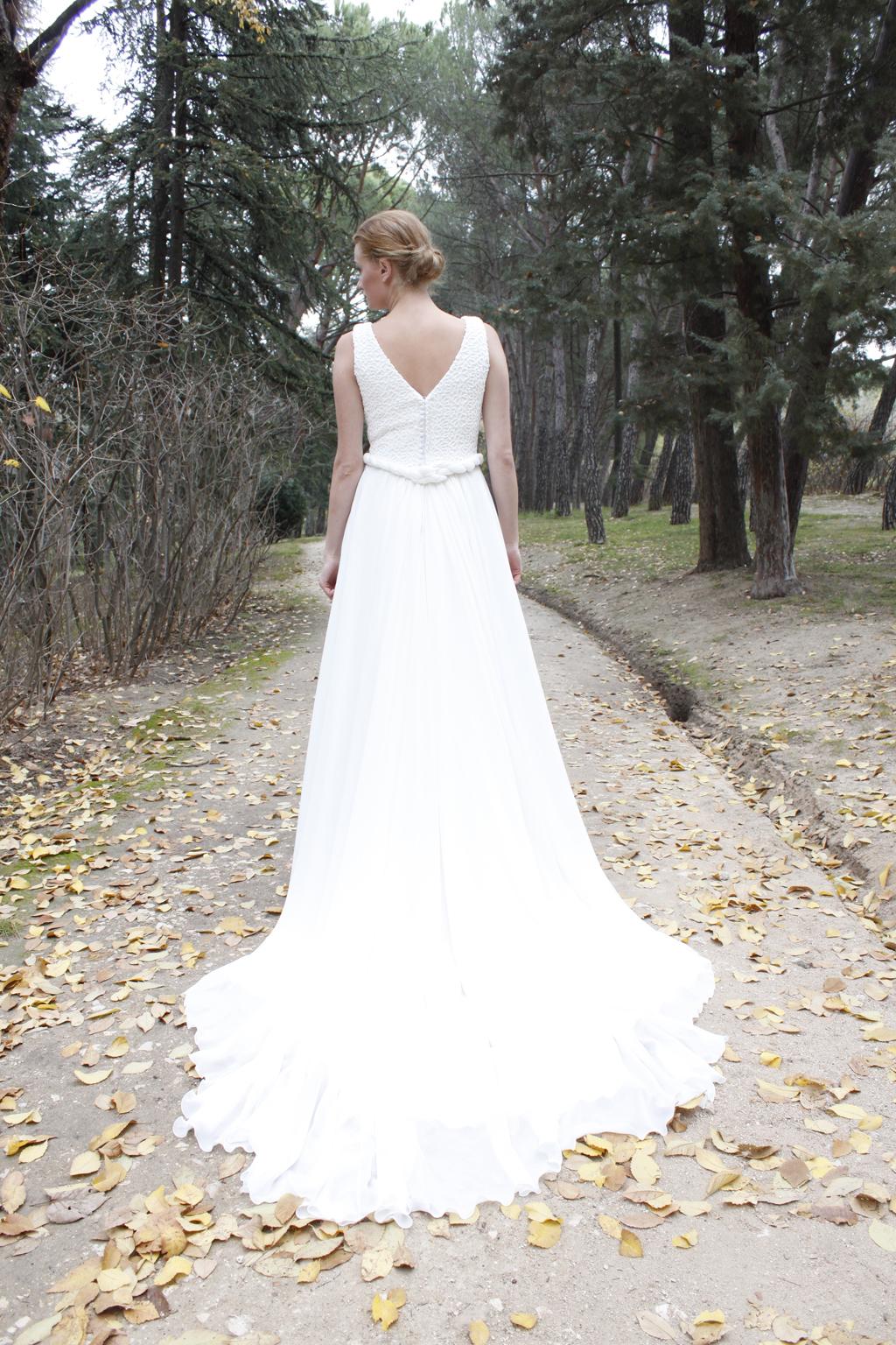 traje  novia espalda entero sade - masum karimi