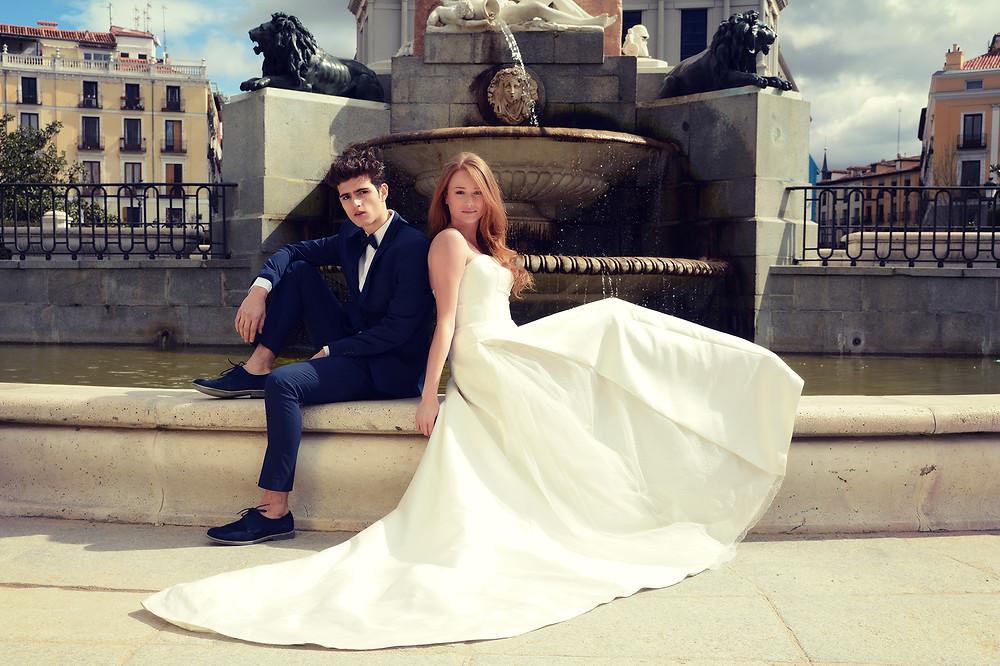 Vestido de novia con tul plumeti