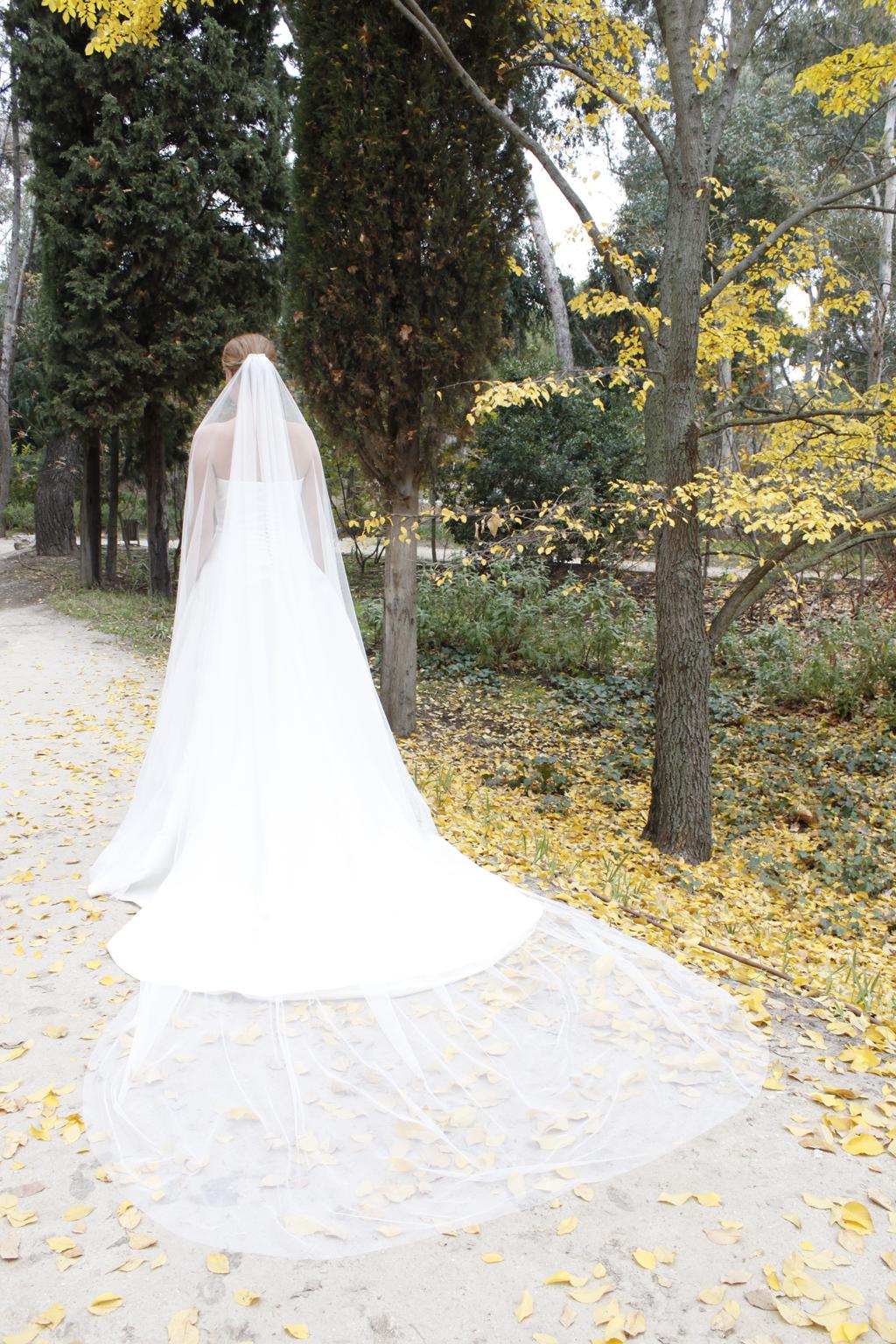 vestido de novia plume . masum karimi
