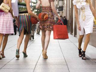 Pasos que marcan la diferencia - Moda en calzado 2017