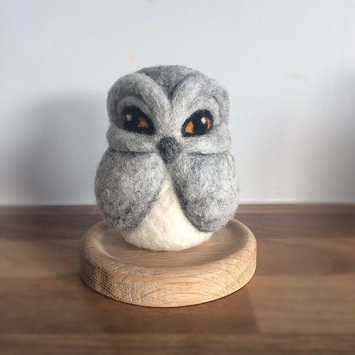 8.5 CM TALLLIGHT GREY OWL